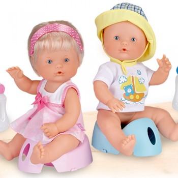 Nenuco Bebe e Faz Pipi