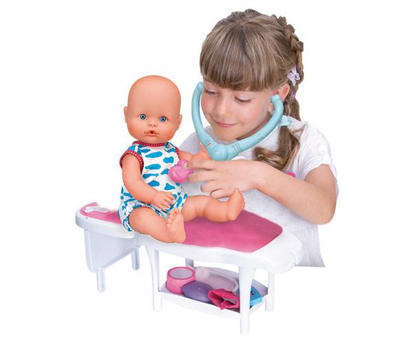 Nenuco Cuidados Médicos / Nenuco Hace Pipí