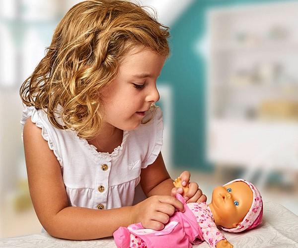 Nenuco Baby Talks: ¡Nos vestimos!